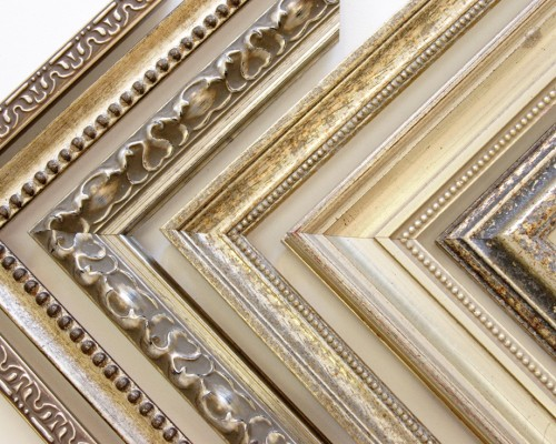 Example 15 - Regular Frames - Mouldings - Autographed Memorabilia